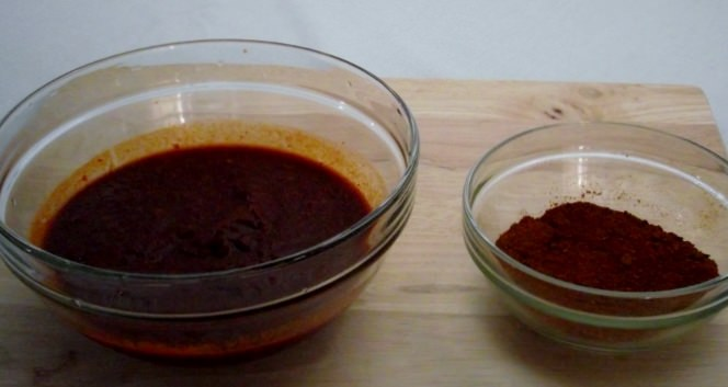 Chile Puree and Ground Spices