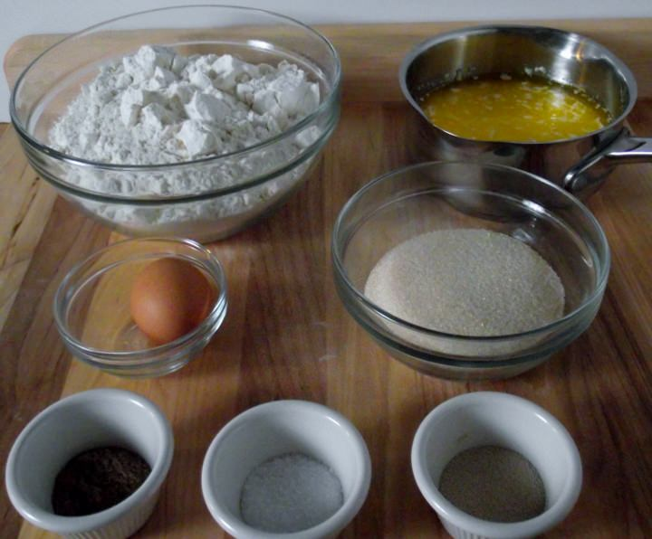 Ingredients fo cardamom bread